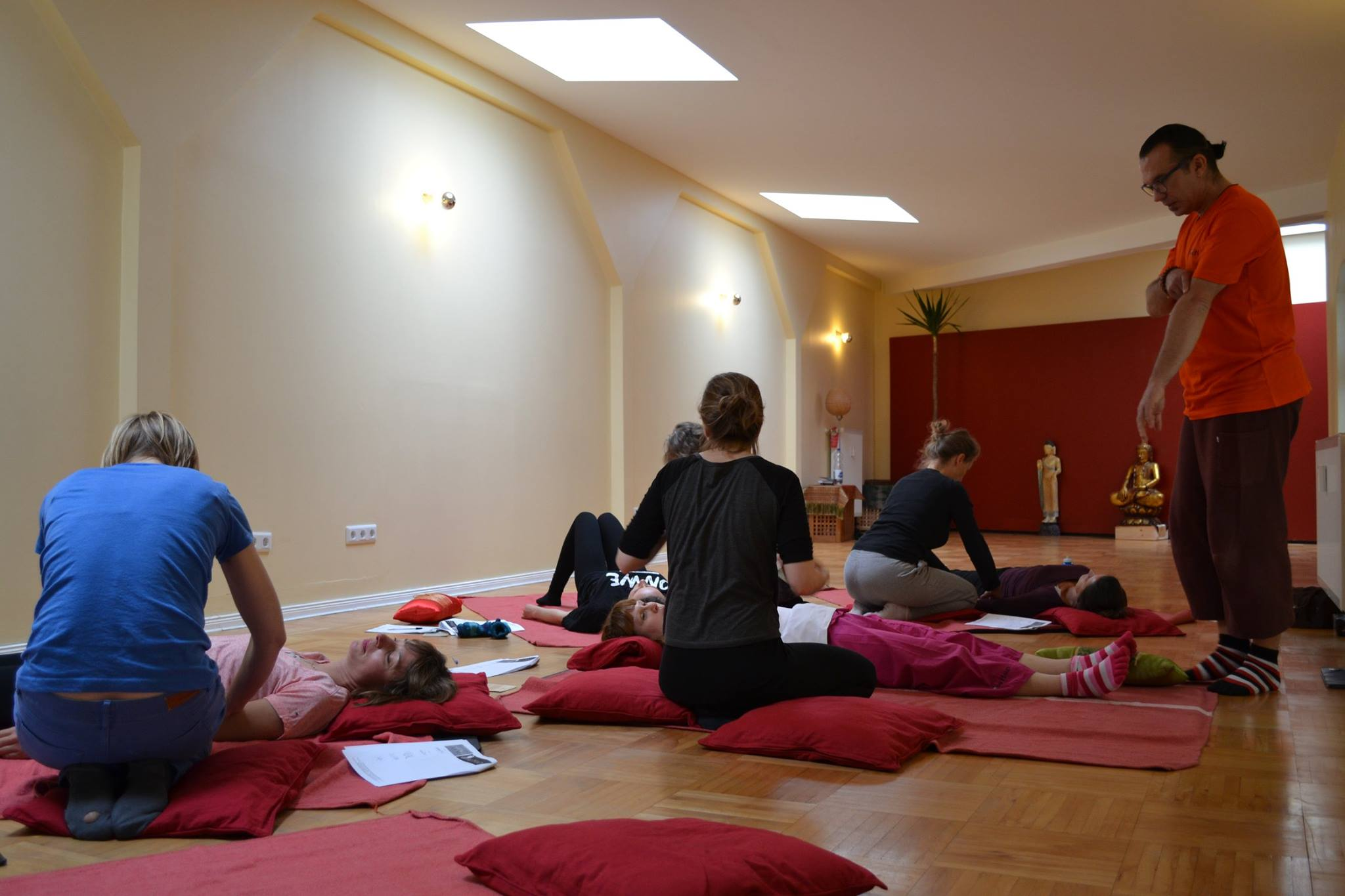 Thai yoga massage workshop berlin_08.jpg