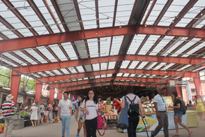 Hungry For a Good Farmers Market? Head To Evergreen Brickworks