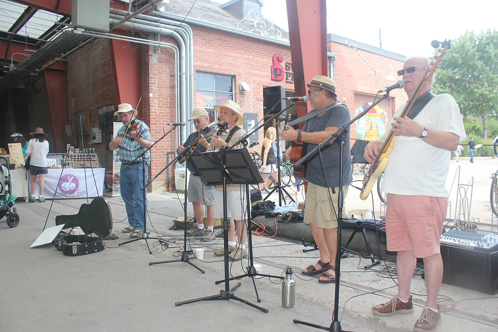 A band performing at the farmers market at Evergreen Brickworks in Toronto