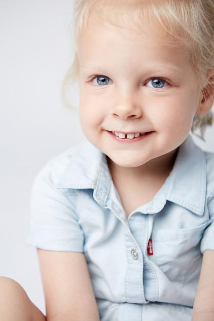 Kids_Studio_Photograher_Chicago_Girl_Whi