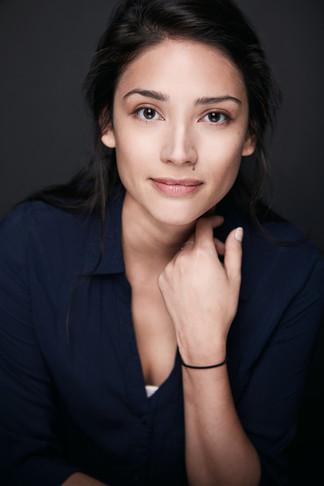 Laura_Guz_Woman_Corporate_Portrait_Photo