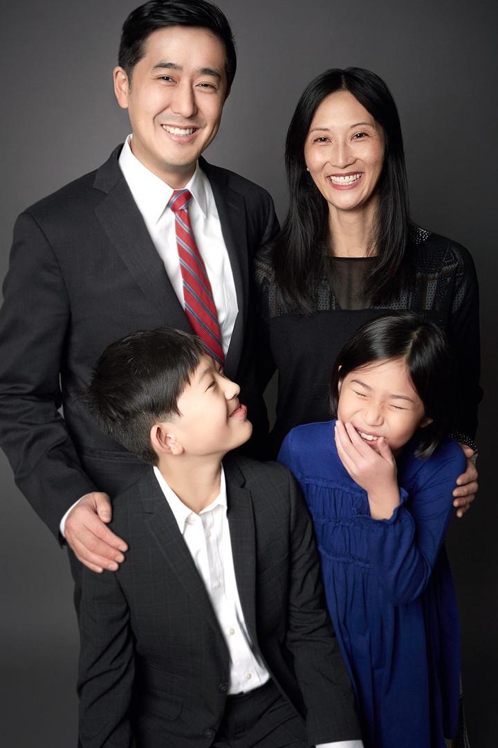 Family_Portrait_Photographer_Chicago.jpg