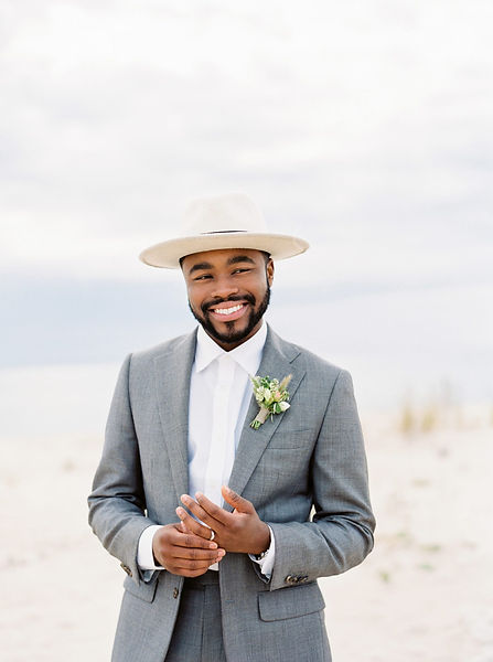 cool-groom-accessories-shanell-photography-1218-2000.jpg