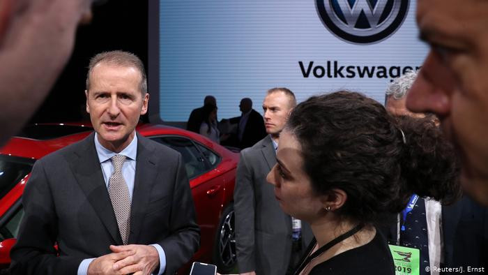 In Detroit, carmaker Volkswagen opens arms wide to US