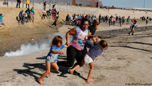 US-Mexico border violence deepens immigration divide