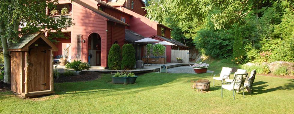 Backyard at the Shaker Mill Inn