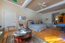 Our Relaxing Queesboro Suite