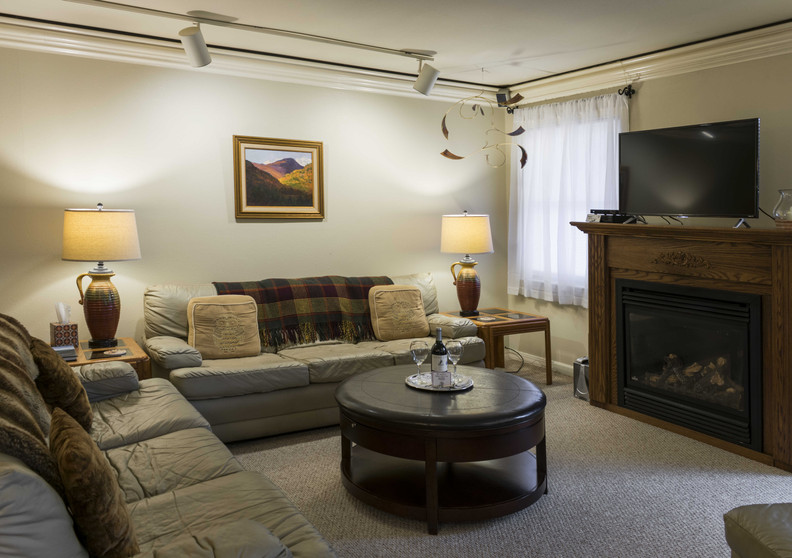 Greylock Suite at the Shaker Mill Inn