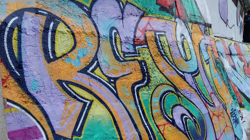 graffiti-2429586_1920.jpg