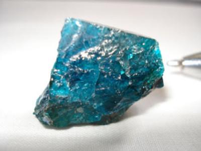 Cristal de Apatita encontrado na natureza.