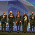 Autoridades, durante Hino Nacional.