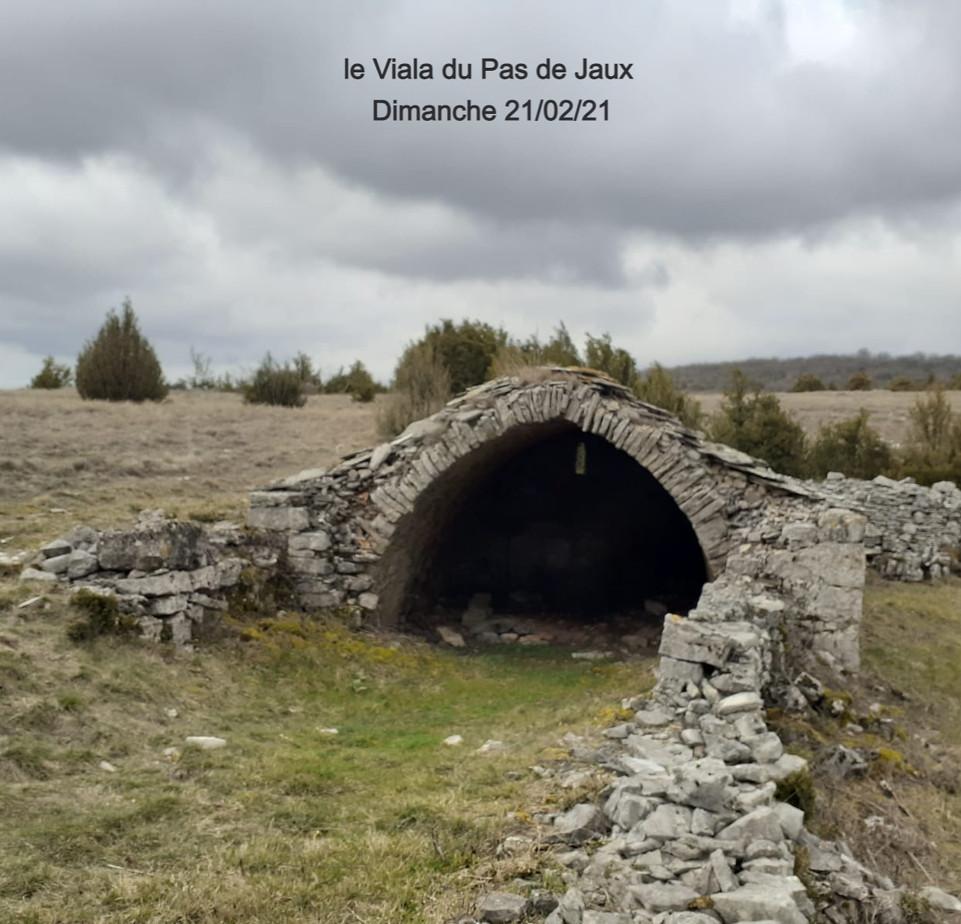 21/02/21 Vieille bergerie au Viala du Pa