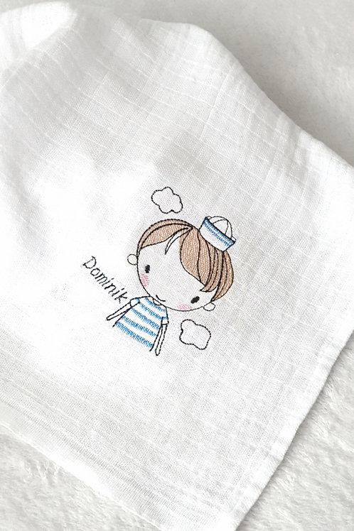 Hímzett textilpelenka - Matróz kisfiú névvel