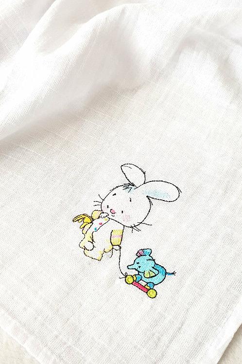 Hímzett textilpelenka - Nyuszi játék elefánttal