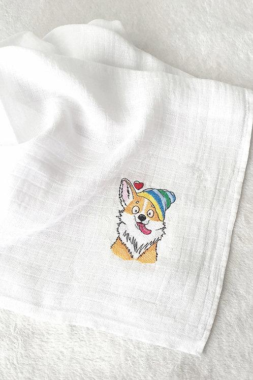 Hímzett textilpelenka - Sapkás róka