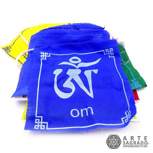 Banderas tibetanas de Oración OM MA NI PADME HUNG