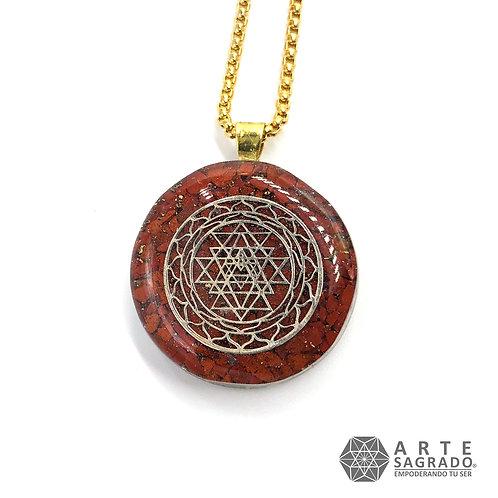 Mini collar de poder orgón SRI YANTRA plata 0.925 cuarzo jaspe rojo
