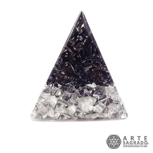 Orgonita pirámide #SOLSTICIOS Turmalina negra