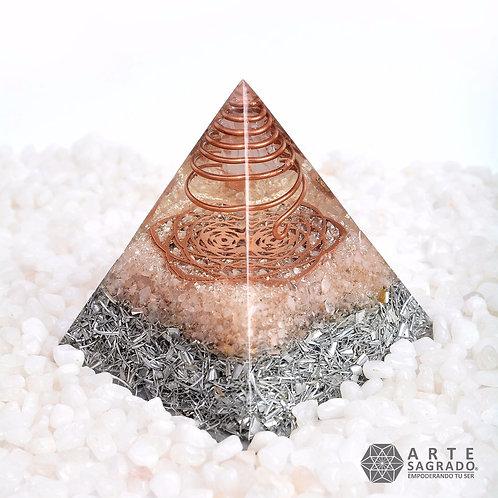 Orgonita pirámide PENTAFLOR cuarzo rosa