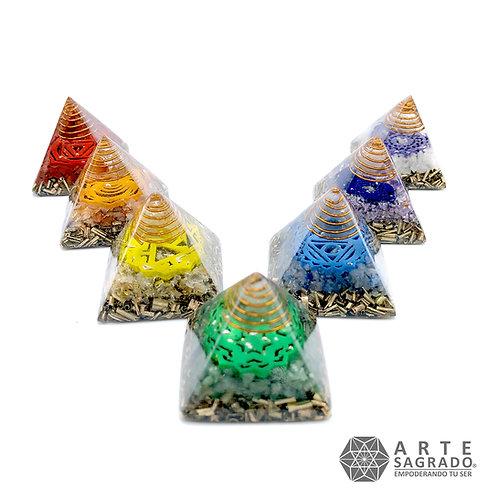 Set de orgonitas pirámide de los 7 chakras
