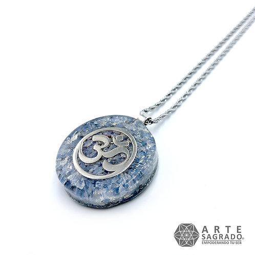 Mini collar de poder orgón OHM plata 0.925 cuarzo piedra luna