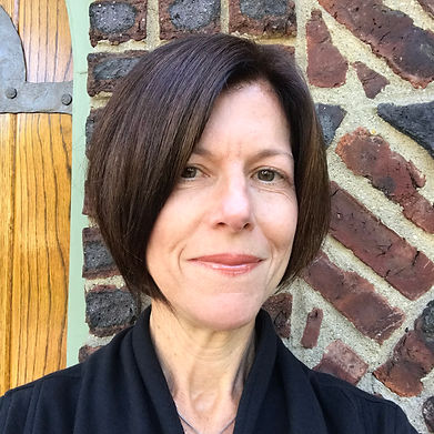 Tara Spinelli Headshot