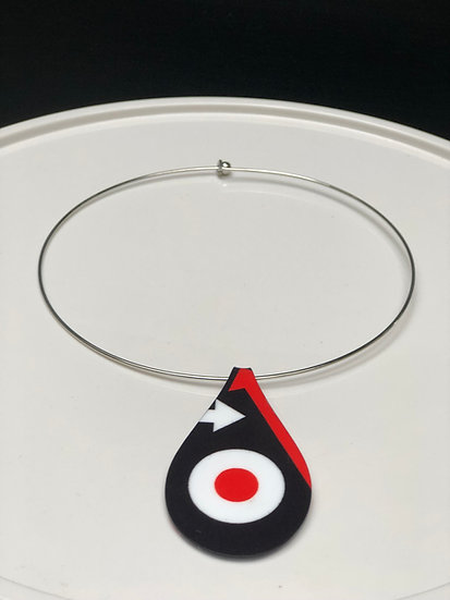 pendentif cocarde noir/orange (Taille S)