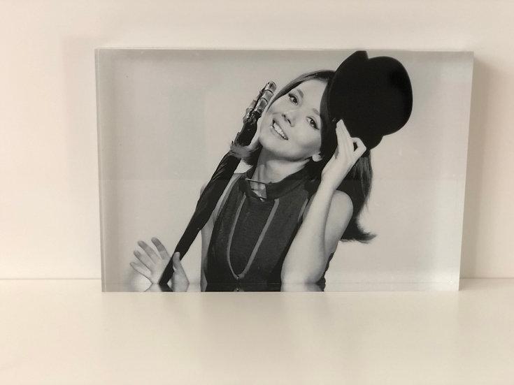 bloc plexiglass imprimé Emma Peel - Diana Rigg