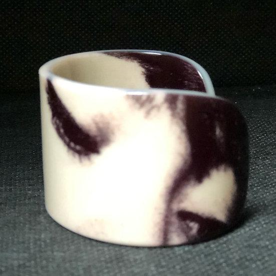 """bracelet manchette regard """"Françoise Hardy"""" Black & White"""