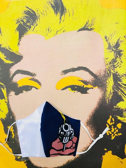 Masque tissu imprimé pistolet façon Roy Lichtenstein / Pop Art version bleue