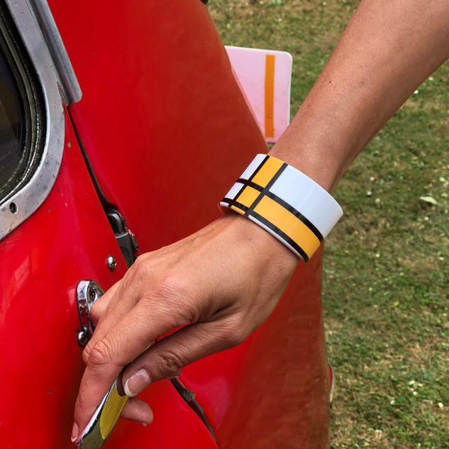 découvrir nos bracelets manchettes