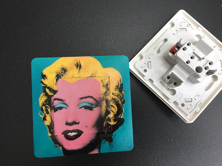 Interrupteur Marilyn turquoise by Andy Warhol