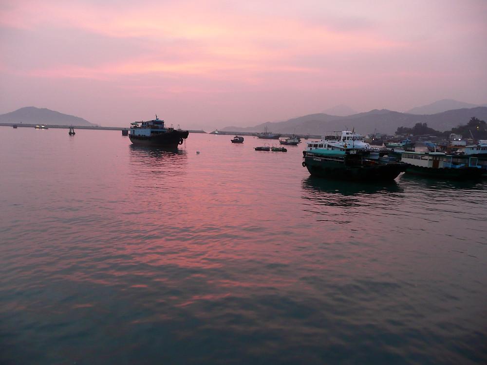 uncommon travel fishing boats sense Cheung Chau island