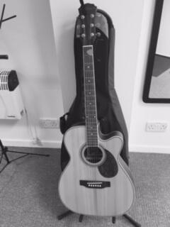 Sing For Smiles Studio Guitar