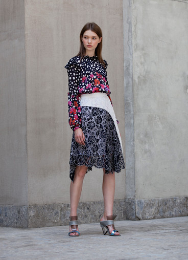 GATHERED PRINT TOP & PUNTO ASYMETRY SKIRT