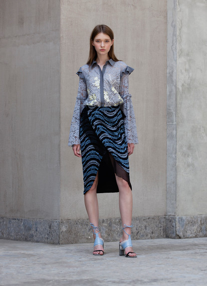 EMBROIDERY LACE BLOUSE & RAINBOW WAVE LACE OVER WRAP SKIRT