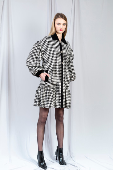 BAT TOOTH TWEED COAT