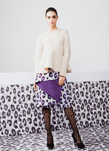 WAVE  CUT BLOUSE & LEOPARD PRINT SKIRT