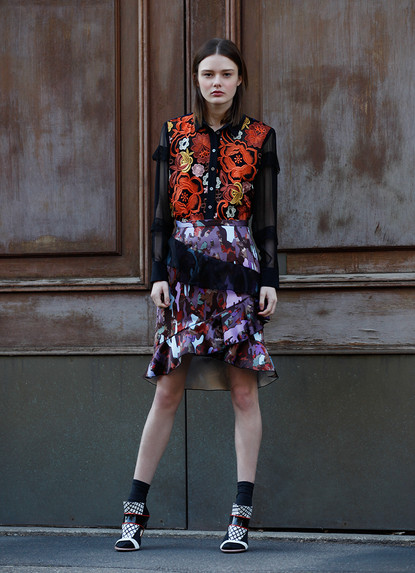 FLORAL EMBROIDERY BLOUSE  & CAMO RUFFLE SKIRT