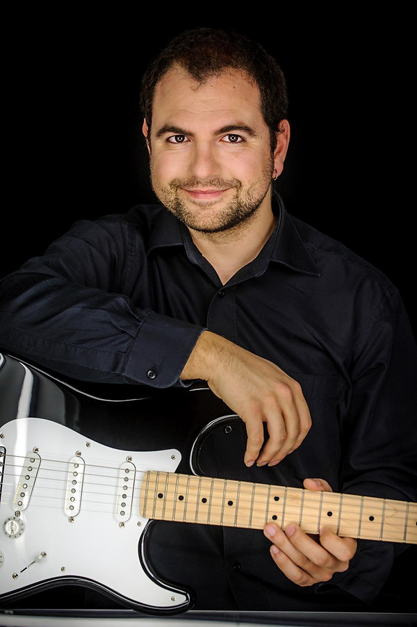 Sergio Sorrentino Electric Guitar Potrait