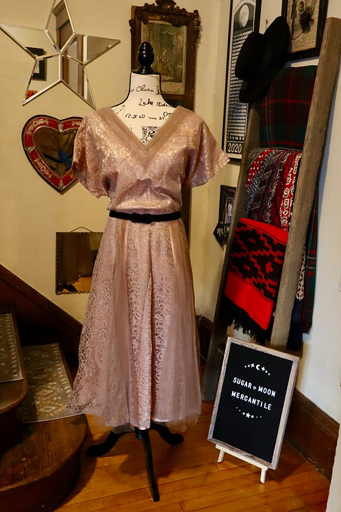 1950s Dusty Rose Lace and Taffeta Party Dress