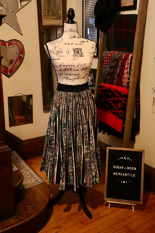 Rare 1950s Vintage Plus Size Hand Painted and Sequined Mexican Ethnic Print Full