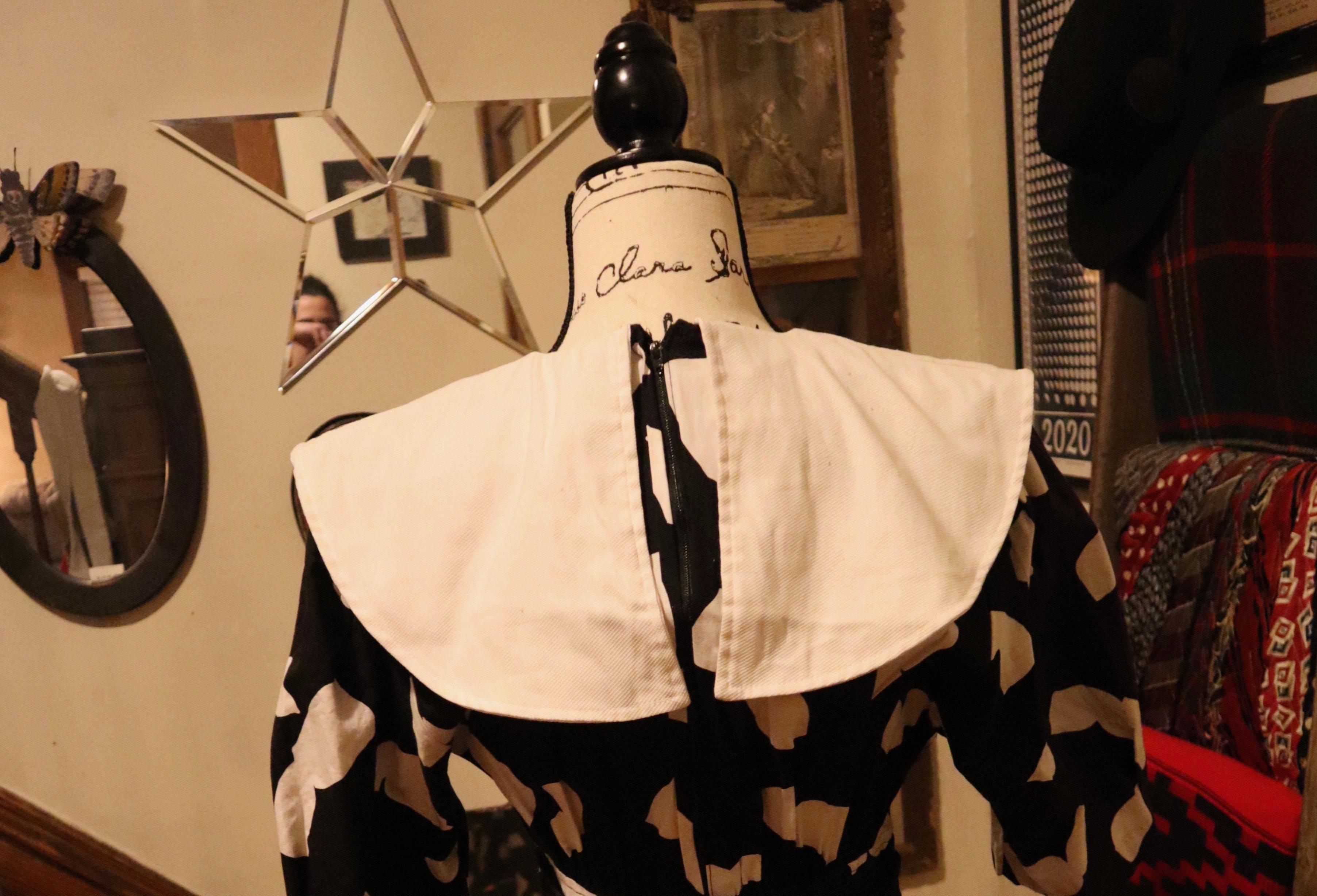 1980\u2019s Dawn Joy Fashions Royal Blue Long Sleeve Black Lapel Knee Length Wrap Dress