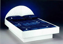 Waterbed frame, waterbeds