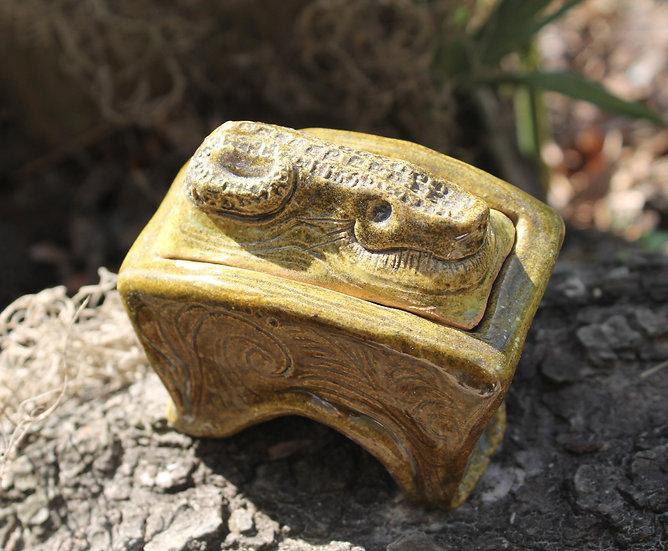 * Alligator Tea Dust * Sparkling Bayou Box *