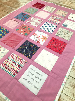 Medium Windowed Quilt
