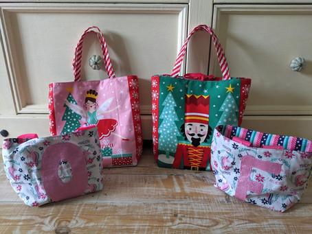 Christmas Gift Bag Tutorial