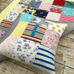 Medium quilt and matching cushion
