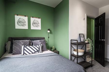 Bedroom 5 pano