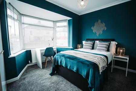 Bedroom 1_1.jpg